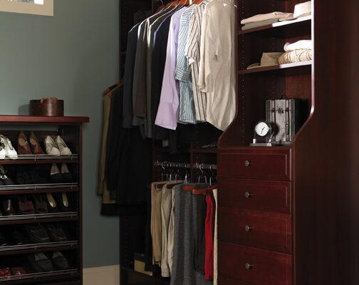 Wellborn Madison SQ ClosetMDS_CHY_ASP -2_72M