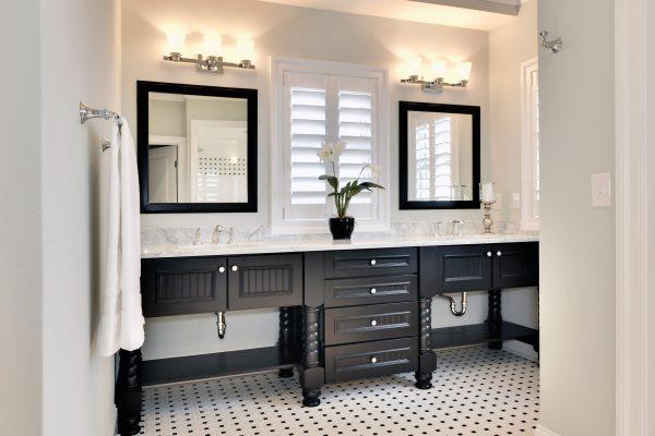 Wellborn Bathroom2 33_BPT_MPL_MID_300L